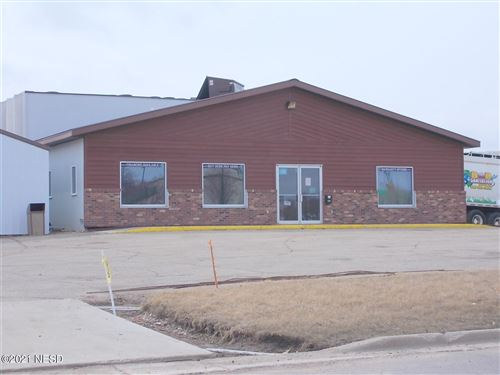 Photo of 600 10TH AVENUE SE, Watertown, SD 57201 (MLS # 26-8916)