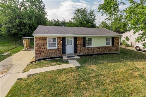 Photo of 3777 Feather Lane, Elsmere, KY 41018 (MLS # 531303)