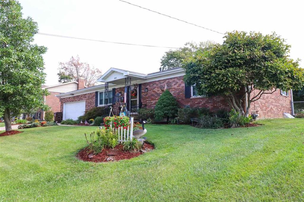 Photo for 105 Lawrence Drive, Florence, KY 41042 (MLS # 531894)