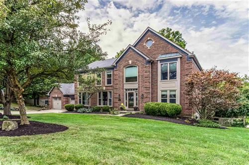 Photo of 874 Riverwatch Drive, Crescent Springs, KY 41017 (MLS # 541946)