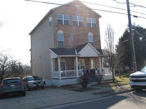 Photo for 196 Kentucky Drive, Newport, KY 41071 (MLS # 547955)