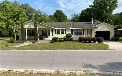 Photo of 207 NW SENTER AVE, Branford, FL 32008 (MLS # 111056)