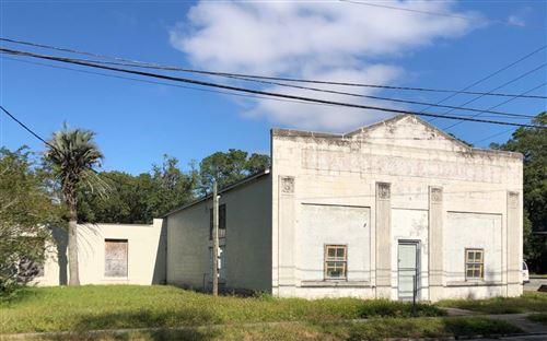 Photo of 317 HELVENSTON, Live Oak, FL 32064 (MLS # 109241)
