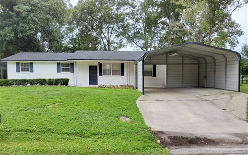 Photo of 114 SW PETUNIA PLACE, Lake City, FL 32025 (MLS # 108298)