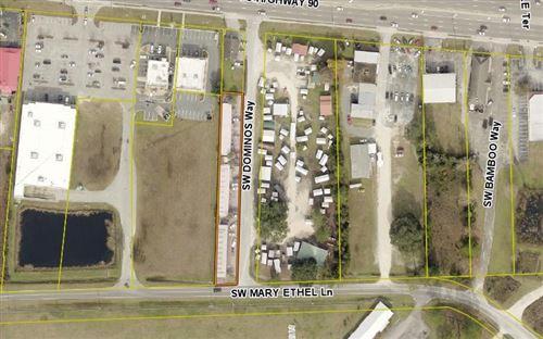 Photo of 158 SW DOMINOS WAY, Lake City, FL 32025 (MLS # 112428)