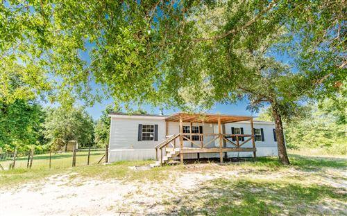 Photo of 322 FENTON GLEN, Fort White, FL 32038 (MLS # 111546)