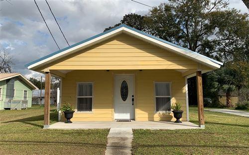 Photo of 966 NE HAMILTON AVE, Live Oak, FL 32064 (MLS # 106942)