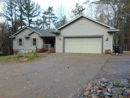 Photo of 528 THEILER DR, Tomahawk, WI 54487 (MLS # 182254)