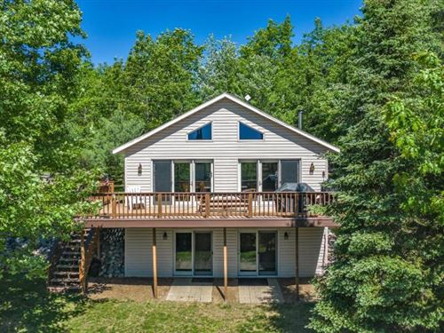 Photo of 4731 GRAND VIEW DR, Eagle River, WI 54521 (MLS # 186410)