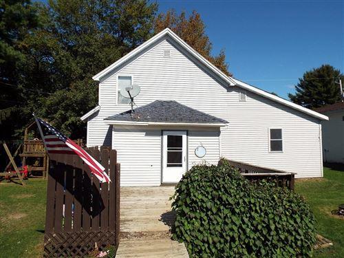 Photo of 633 SCHOOL ST, White Lake, WI 54491 (MLS # 187433)