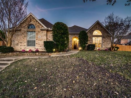 Photo of 3206 Indian Trail, Rowlett, TX 75088 (MLS # 14476001)