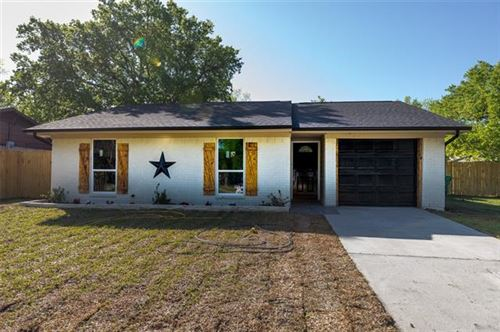 Photo of 1100 Cottonwood Valley Road, Wilmer, TX 75172 (MLS # 14553002)