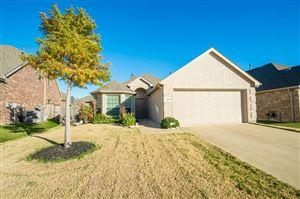 Photo of 409 Roger Graves Circle, McKinney, TX 75070 (MLS # 13896003)