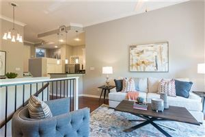 Photo of 2201 Wolf Street #3203, Dallas, TX 75201 (MLS # 14066007)