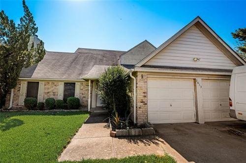 Photo of 2613 Bennington Court, Grand Prairie, TX 75052 (MLS # 14690007)