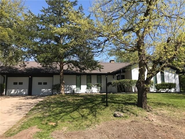 4021 Burkett Drive, Benbrook, TX 76116 - #: 14573010