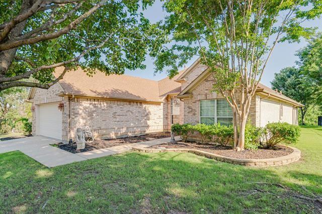 10800 Southerland Drive, Denton, TX 76207 - #: 14569012