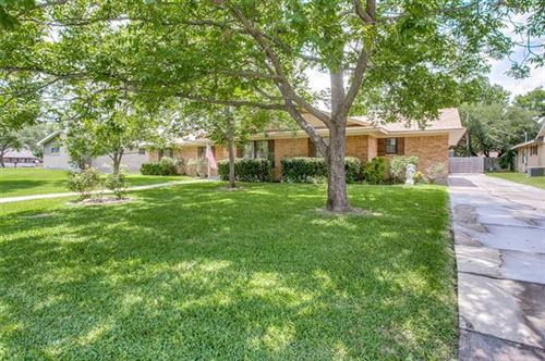 Photo of 5602 Vale Street, Greenville, TX 75402 (MLS # 14366015)