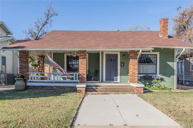 2244 Hurley Avenue, Fort Worth, TX 76110 - #: 14480015