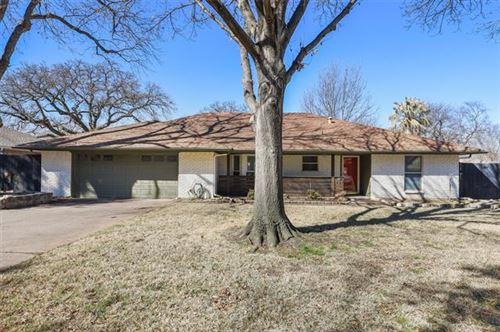 Photo of 935 Kings Canyon Drive, Grapevine, TX 76051 (MLS # 14521023)