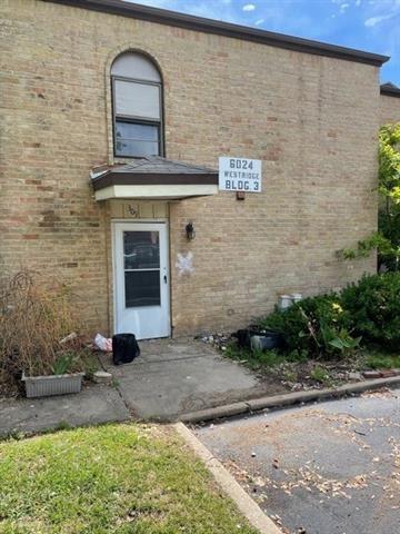 Photo of 6024 Westridge Lane #309, Fort Worth, TX 76116 (MLS # 14559025)