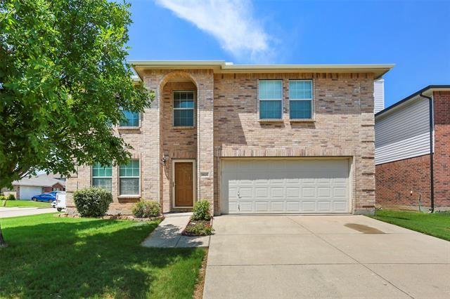 1821 Shasta View Drive, Fort Worth, TX 76247 - #: 14405028