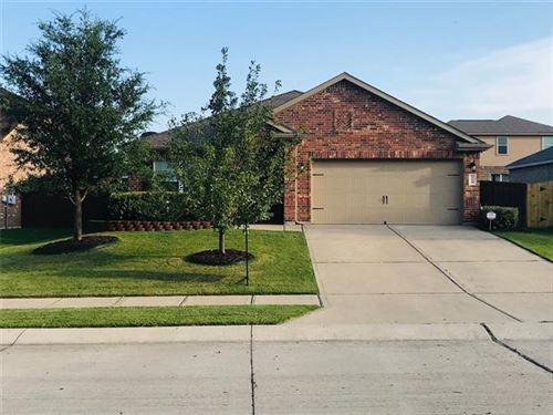 Photo of 114 Eider Drive, Sanger, TX 76266 (MLS # 14379030)