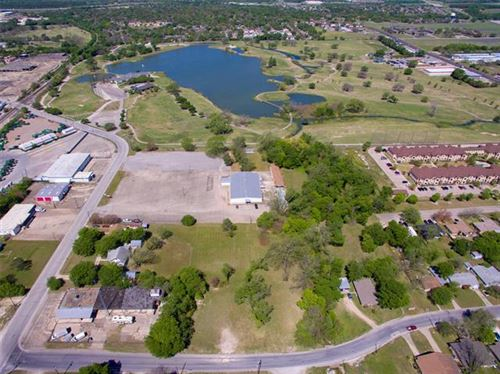 Photo of 2114 W Avenue D, Temple, TX 76504 (MLS # 14553030)