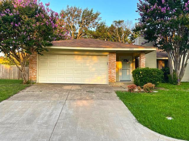 2502 Oak Leaf Drive, Arlington, TX 76006 - #: 14632038