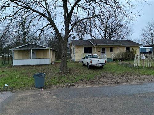 Photo of 1028 Houston Street, Wills Point, TX 75169 (MLS # 14276045)