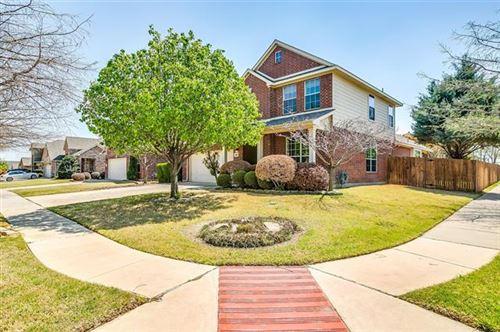Photo of 600 Catalpa Road, Fort Worth, TX 76131 (MLS # 14559045)