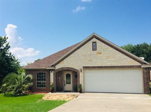 Photo of 63 Cedar Bayou Circle, Pottsboro, TX 75076 (MLS # 14284046)