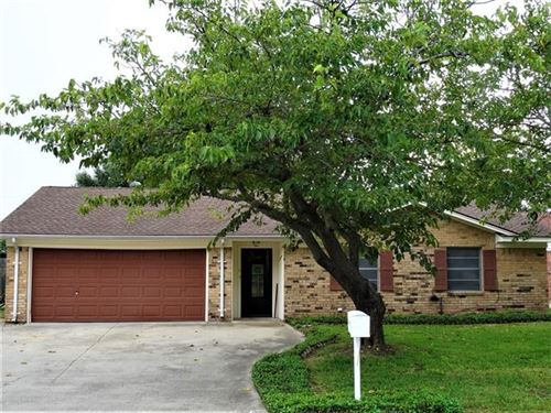 Photo of 211 Town North Drive, Terrell, TX 75160 (MLS # 14432053)
