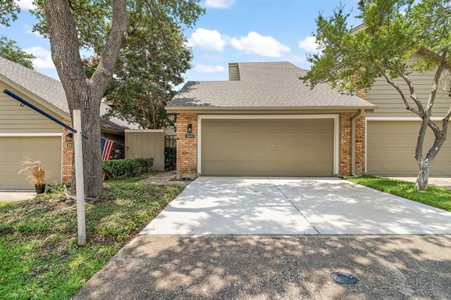 8411 Barnaby Street, Dallas, TX 75243 - #: 14623054