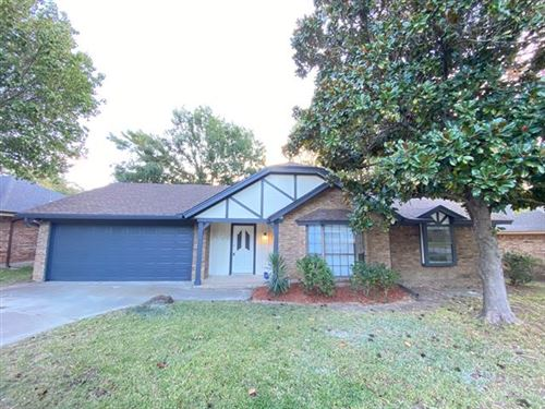 Photo of 3809 Rustic Forest Trail, Arlington, TX 76016 (MLS # 14694057)