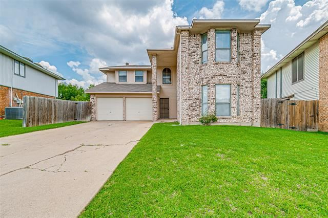 831 Foxridge Drive, Arlington, TX 76017 - #: 14602058