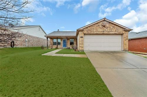 Photo of 8900 Tumbleweed Drive, Cross Roads, TX 76227 (MLS # 14252059)