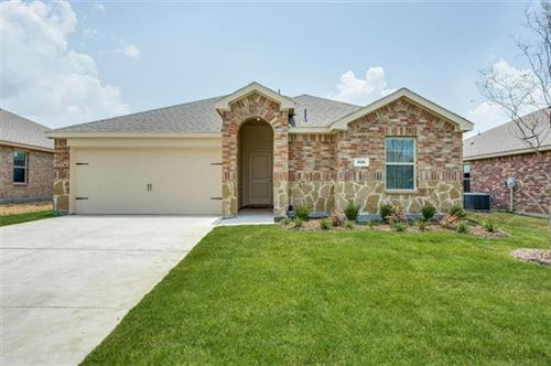 Photo of 916 English Drive, Aubrey, TX 76227 (MLS # 14378059)