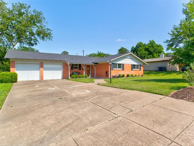 5621 Wedgworth Road, Fort Worth, TX 76133 - #: 14599059