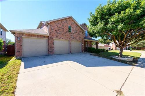 Photo of 906 Swift Drive, Aubrey, TX 76227 (MLS # 14695061)