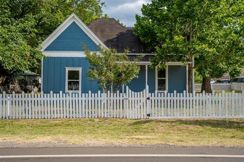 Photo of 300 E Woodland Street, Collinsville, TX 76233 (MLS # 14366063)