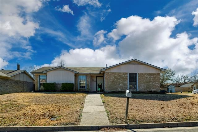 938 Highcrest Drive, Arlington, TX 76017 - #: 14491063