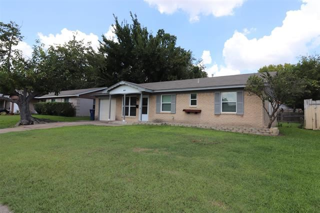 613 Moonlight Drive, Garland, TX 75040 - MLS#: 14662064
