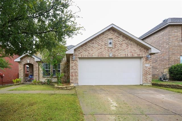 2424 Grand Rapids Drive, Fort Worth, TX 76177 - #: 14428068