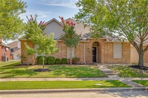 Photo of 4506 Lincolnshire Dr, Garland, TX 75043 (MLS # 14186069)