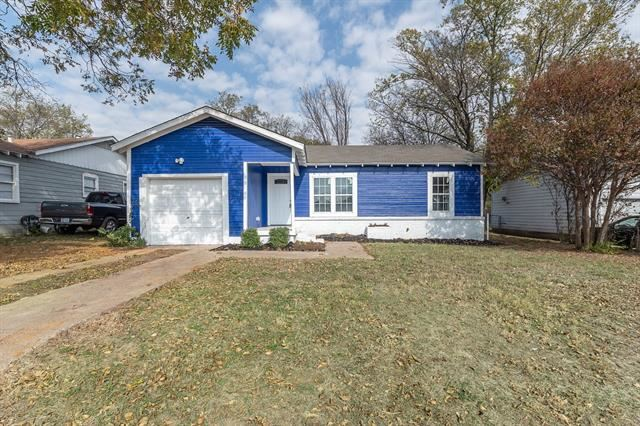 4329 Strong Avenue, Fort Worth, TX 76105 - #: 14472071