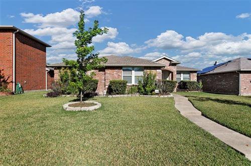 Photo of 1305 Nimitz Way, Mesquite, TX 75181 (MLS # 14694073)
