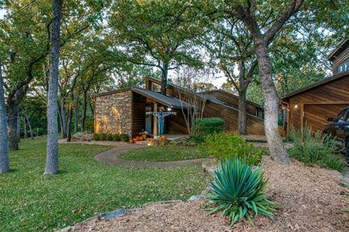Photo of 3402 Red Bird Lane, Grapevine, TX 76051 (MLS # 14457077)