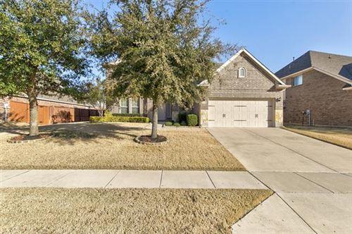 Photo of 11916 Joplin Lane, Fort Worth, TX 76108 (MLS # 14500077)