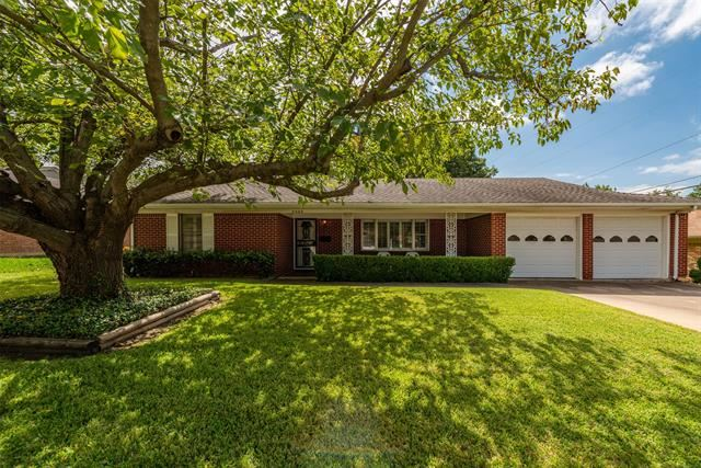 3305 Leith Avenue, Fort Worth, TX 76133 - #: 14444079